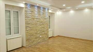 Prodajem stan u Resavskoj - komplet renoviran