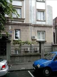 Vracar,Loznicka, renovirani salonac-vlasnik