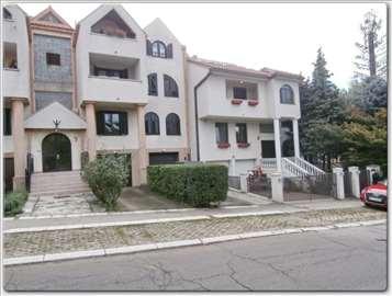 luksuzna kuća u elitnom delu Beograda