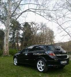 Opel Astra GTC 1.9 150CCM