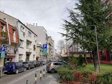 Vračar, Kalenić,63 m2, T, 2.5,uknjižen, izvanredan