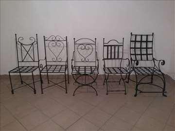 Stolice I Stolovi Od Kovanog Gvozdja Halo Oglasi