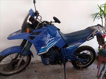 Suzuki 750 S