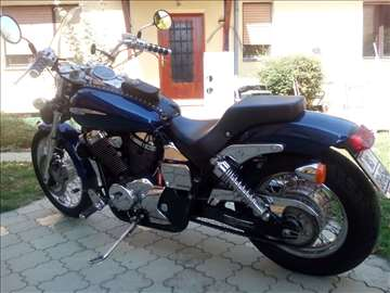 Honda Shadow VT 750