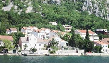 Prelepa Vila u Boki Kotorskoj
