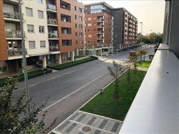 Novi Beograd-A blok-Savada-32m2 ID#1184