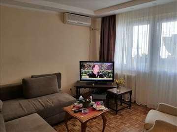 Novi Beograd - Blok 44-Dvoiposoban-105000 ID#1212