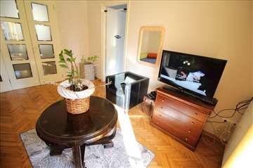 Odličan, 3.0 stan, garaža, Gornji Dorćol! ID 8719