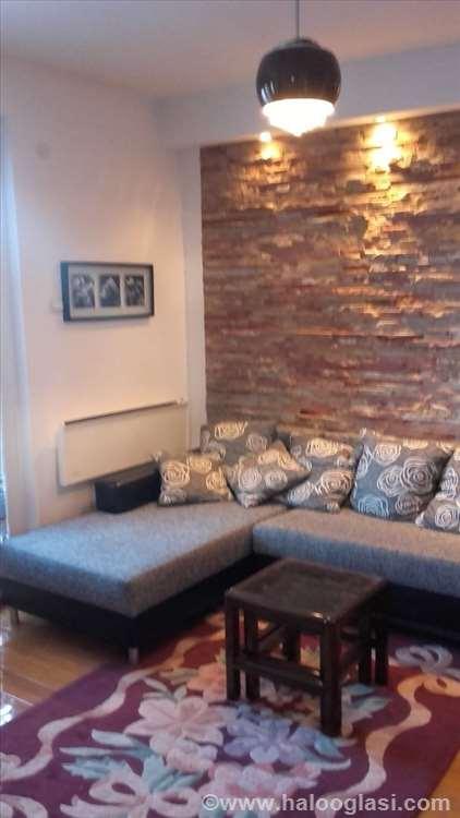 Zlatibor Apartmani Za 5 6 Osoba Halo Oglasi