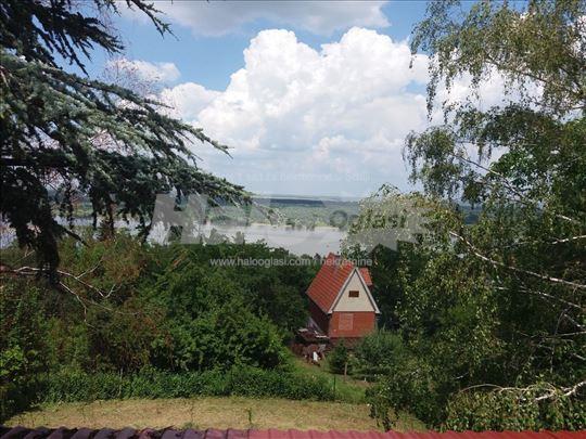 Vikendica Krcedin Dunav Halo Oglasi