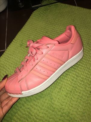 Adidas Superstar Zenske Patike Broj 37 I 13