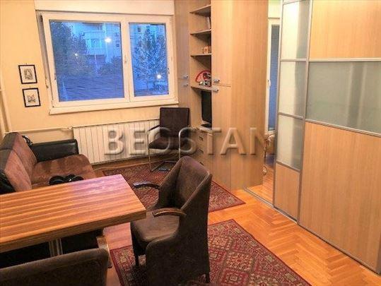Novi Beograd - Arena Blok 22 ID#30215