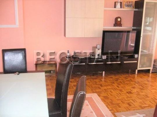 Novi Beograd - Dr Ivana Ribara Blok 45 ID#30427
