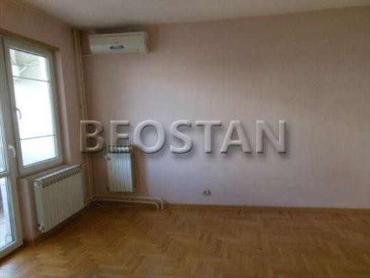 Novi Beograd - Blok 63 Tc Piramida ID#30602