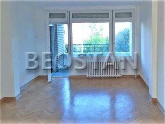 Novi Beograd - Arena Blok 24 ID#32734