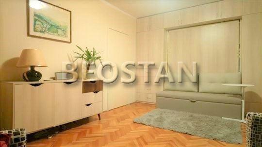 Novi Beograd - Blok 45 Dvospratnica ID#32981
