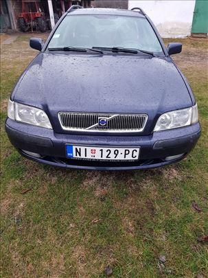 Volvo V40  1.8i GDI 16V