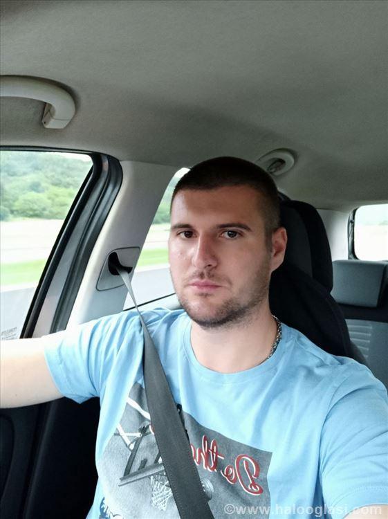 Prevoz putnika licni vozac | Halo Oglasi